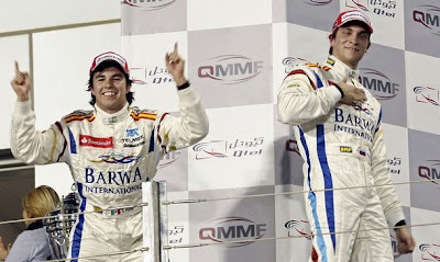 Серхио Перес и Виталий Петров на подиуме Валенсии 2009 в первенстве GP2