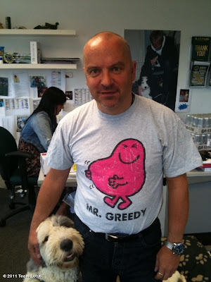 Майк Гаскойн в футболке Mr. Greedy