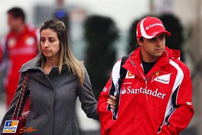 Фелипе Масса со своей женой Рафаэлой на Гран-при Китая 2011