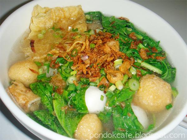 fisball noodle soup pondok cafe