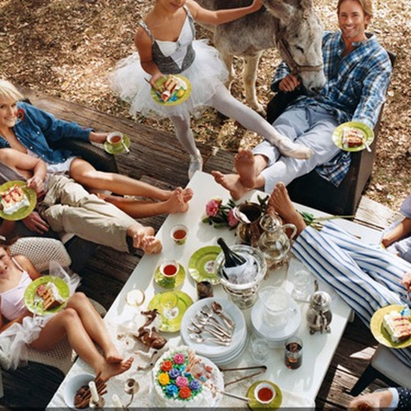 "Furniture IS Lifestyle - DEDON LAUNCHES ""COMING HOME"", A LIMITED-EDITION BOOK BY BRUCE WEBER"