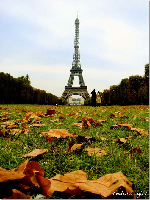 Autumn_In_Paris_by_fedoragirl