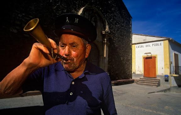 Juanito Martinez, aguatzil, El Lloar, Priorat, Tarragona 2003.09
