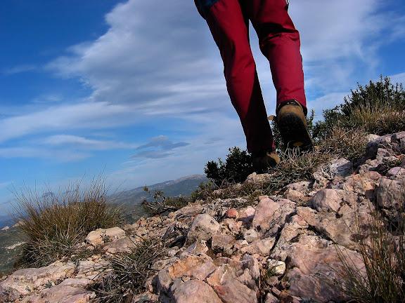 Carena de la punta de Jovara o del Corb, Muntanyes de Tivissa i Vandellòs,Tivissa, Ribera d'Ebre, Tarragona2002.12.24