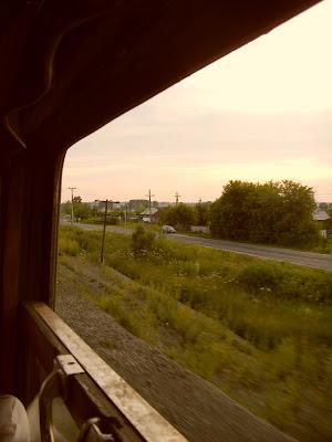 線路沿いの町