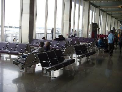 オルリー空港の待合
