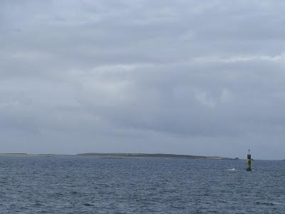 海の上の灯台
