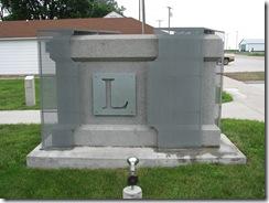 0320 Lincoln Stone