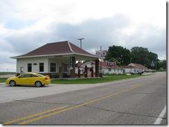 0282 L & J Service Station Colo IA