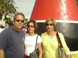 Agustin, Jasmin y Jacqueline Matos