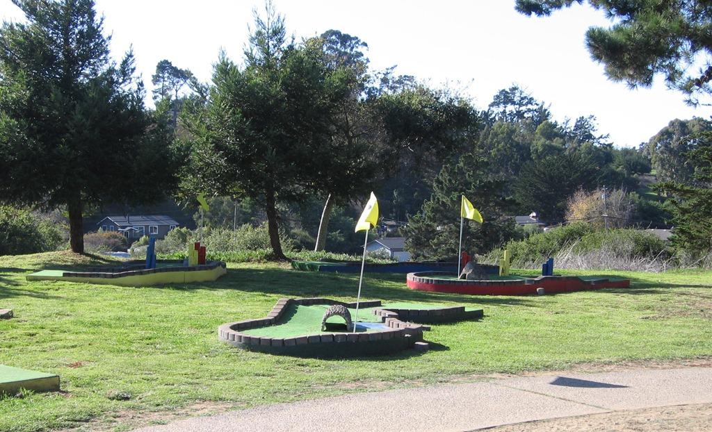 [Mini Golf at KOA Santa Cruz[6].jpg]