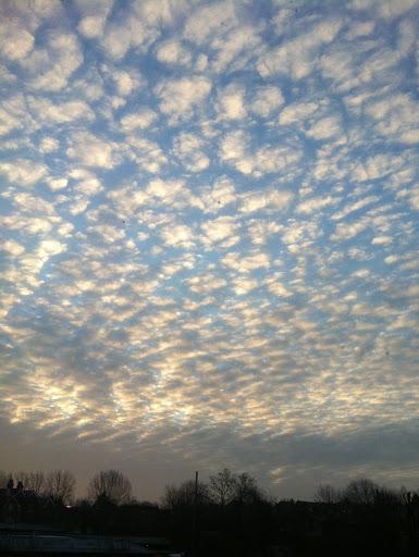 Levé du jour dans boite à  images nuages