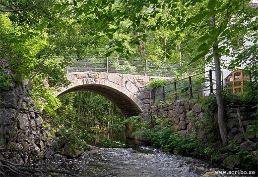 Trollbobron i Vattholma, Fyrisån
