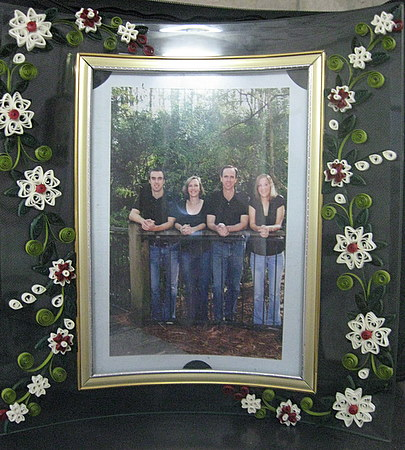 Quilling-Design-Glass-frame