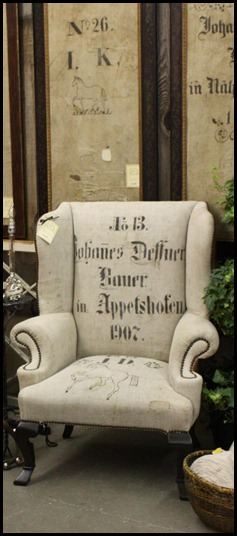 stenciled-german-grainsack-chair-3-fine-grains-trouvais