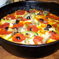Super Bowl Pizza-In-A-Pan