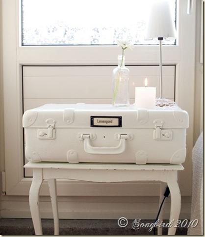 White suitcase nightstand Songbird
