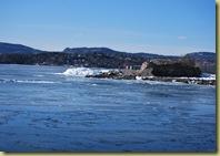 Huk fjord og is