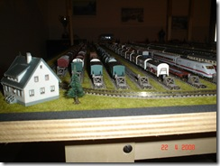 plastico treni scala N 010 deposito vagoni