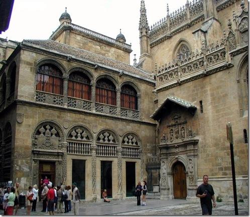 Granada-FachadadelaCapillaReal01