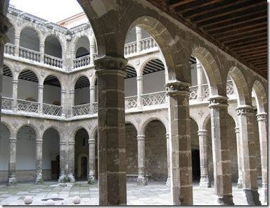 Valladolid_-_Palacio_de_Santa_Cruz_2