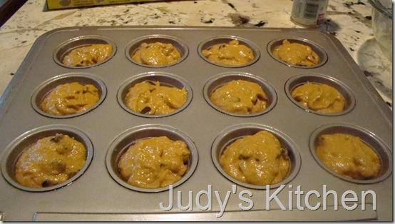 pumpkin cc streusel muffins (3)
