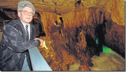 Président de la Société des Grottes, Walter Zehnder a surpris par sa réaction véhémente à la médiatisation des travaux d'utilité publique. Il reconnaît avoir proféré des propos «vulgaires» sous l'emprise de la colère. Photo Olivier Allenspach