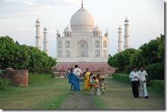 India 2010 - Agra , Taj Mahal , desde el rio , 17 de septiembre   05