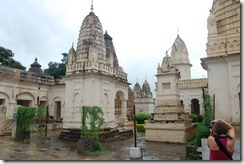 India 2010 -Kahjuraho  , templos ,  19 de septiembre   07