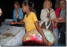 India 2010 -Varanasi  ,  paseo  nocturno  - 20 de septiembre   05