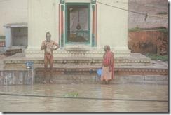 India 2010 -Varanasi  ,  paseo  en barca por el Ganges  - 21 de septiembre   68