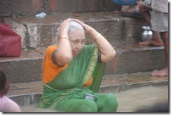 India 2010 -Varanasi  ,  paseo  en barca por el Ganges  - 21 de septiembre   86