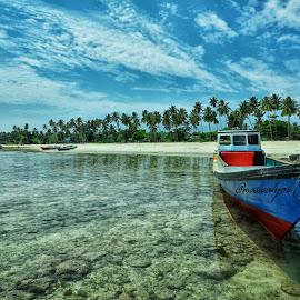 parking by Mas Wahjoe - Transportation Boats ( water, port, coral, republikphoto, beach, fishing, boat, nikon )