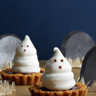 Meringue Ghost Tartlets