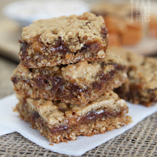 Caramel-Chocolate Oatmeal Bars {Caramelitas!}