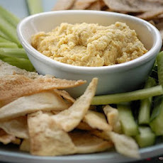 Homemade Houmous With Pitta Chips