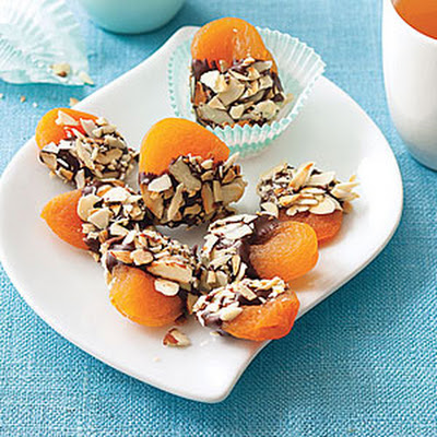Crunchy Chocolate-Dipped Apricots