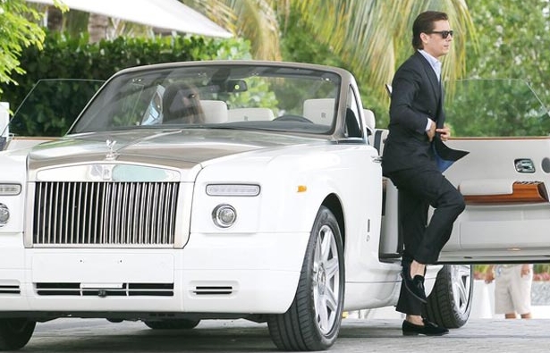 The 16 Hottest Cars Of The Kardashians Photos Carhoots