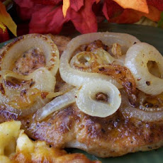 Pan-Fried Pork Chops With Onions