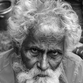 Old & Wise bw by Rakesh Syal - Black & White Portraits & People (  )