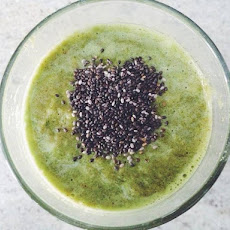 Anti-Inflammatory Green Smoothie With Turmeric