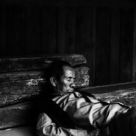Street sleeper  by Matthew  Moloney - People Portraits of Men ( #kathmandu #bhaktapur #sleeping #oldman #street )