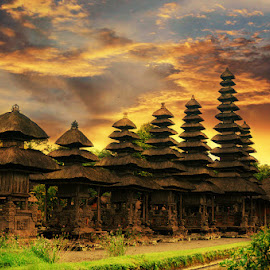 by 3 Joko - Buildings & Architecture Public & Historical