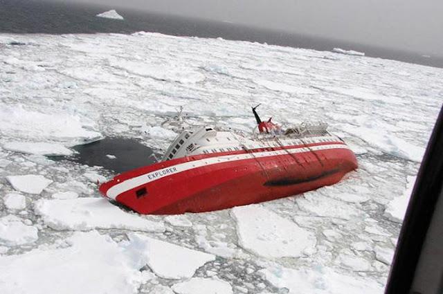 Dark Roasted Blend Shipwrecks Amp Sea Disasters border=
