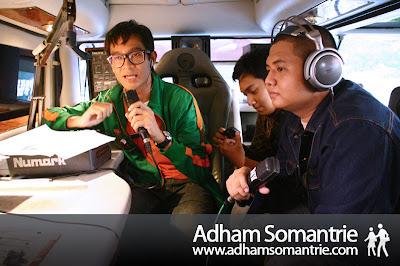 OZ Radio with DJ Akmal