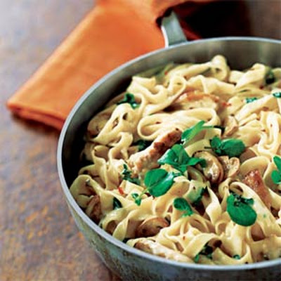 Chicken Fettuccine with Mushroom Brie