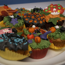 Halloween Cupcakes by Anja Nielsen - Food & Drink Cooking & Baking ( cupcakes, cinnamon, decoration, cakes, halloween )