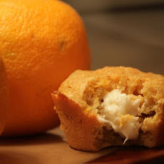 Carrot Cake Muffins With Cheesecake Filling (Lite)