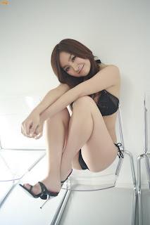 lh6.ggpht.com/aksuthihiran/RzZ-WSo-a3I/AAAAAAAAEQs/NI4FjiMhZmg/s320/22861_ka015_122_1180lo.jpg