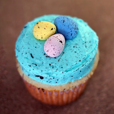 Speckled Egg Easter Cupcakes